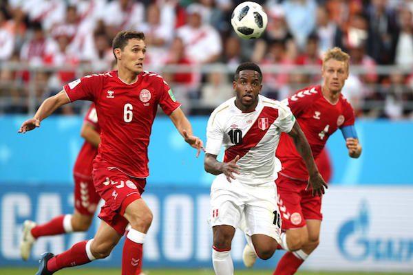 Grupa C: Peru – Danemarca 0-1. Peruanii au ratat un penalty