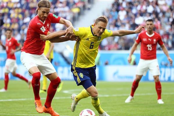 Optimi de finală: Suedia - Elveția 1-0. Autogolul elvețienilor trimite scandinavii în sferturi!