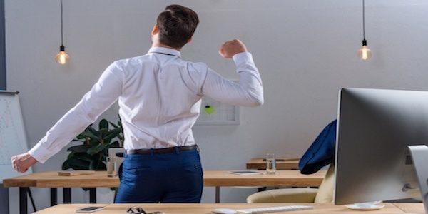 Aveți dureri de spate și de gât? Iată câteva sfaturi foarte utile