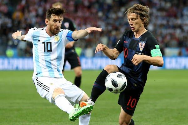 Grupa D: Argentina – Croația 0-3. Croația a produs surpriza și s-a calificat în sferturi!