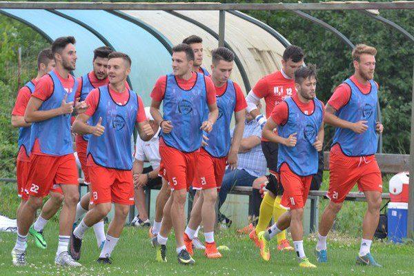 Cea mai grăbită echipă din Liga a doua este UTA. 29 de jucători vechi și noi la primul antrenament!