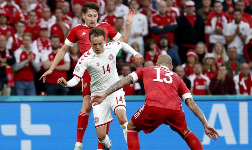 Grupa B: Rusia – Danemarca 1-4, vikingii s-au calificat la golaveraj!