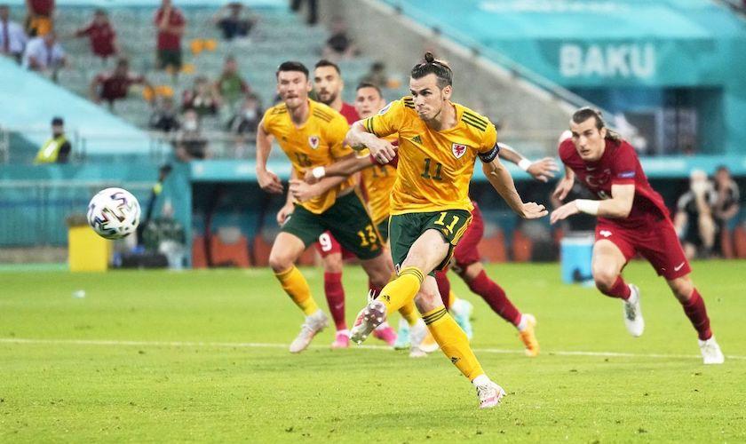 Grupa A: Turcia – Țara Galilor 0-2. Bale a ratat un penalty